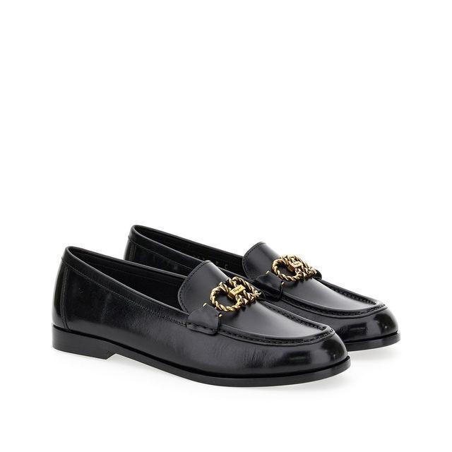 SALVATORE FERRAGAMO Rolo黑色牛皮樂福鞋/28,900元